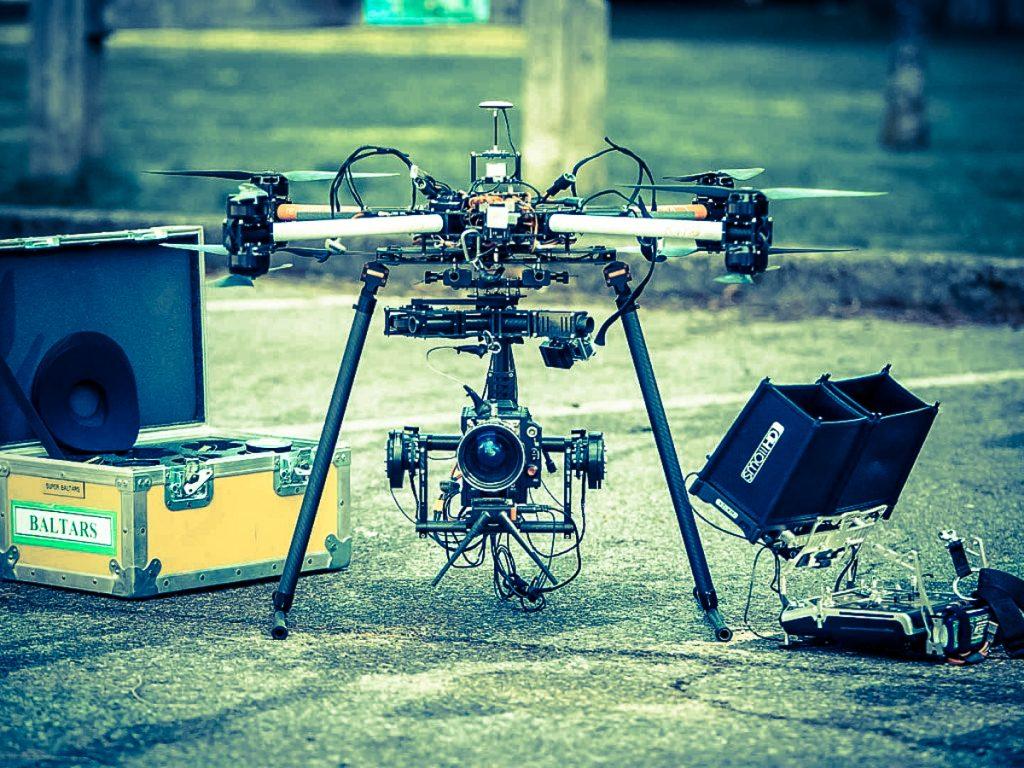 2 Drones