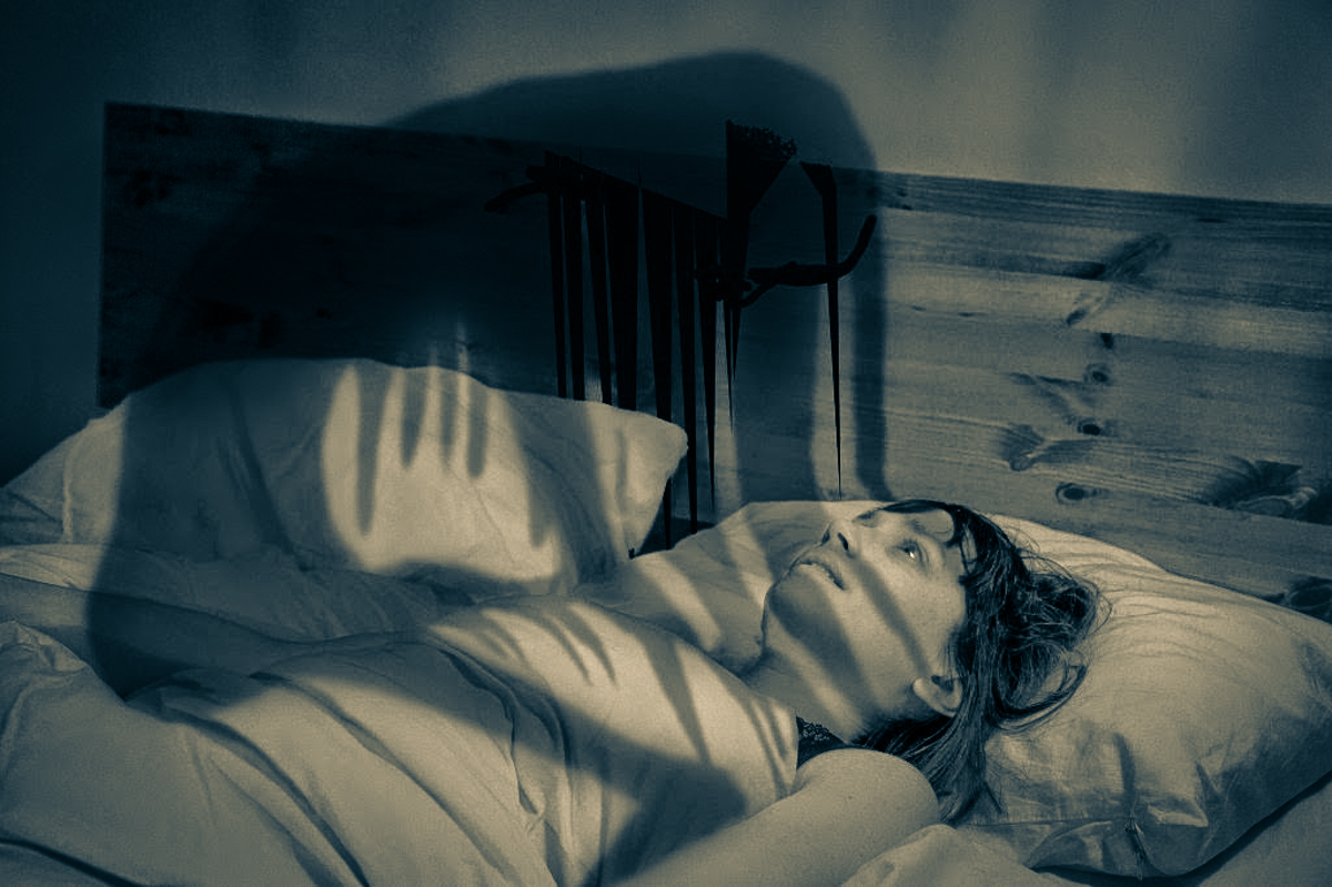 A description of waking from a frightening dream