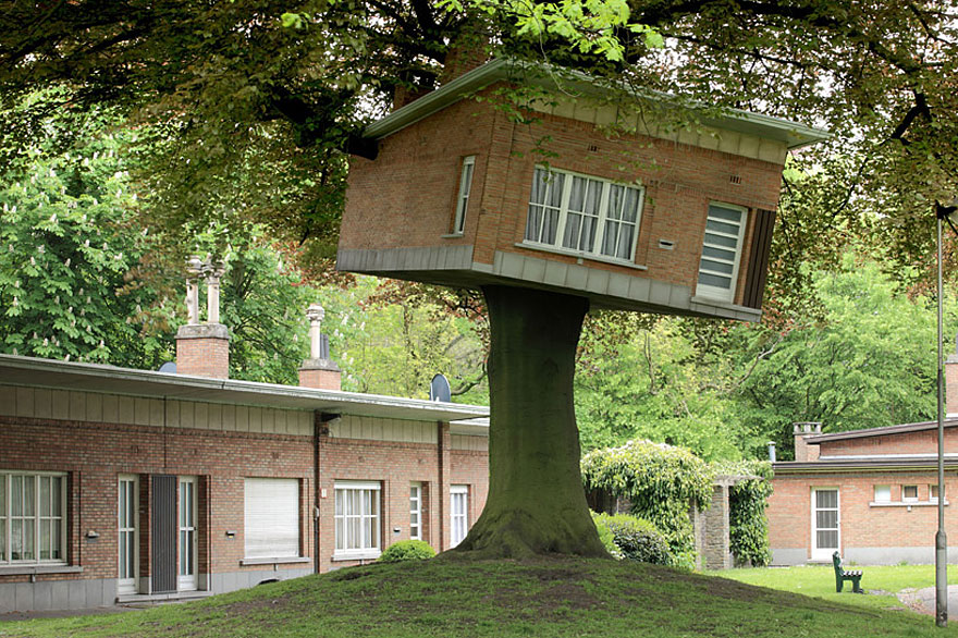 12_tree houses - Biggest Treehouse In The World 2015