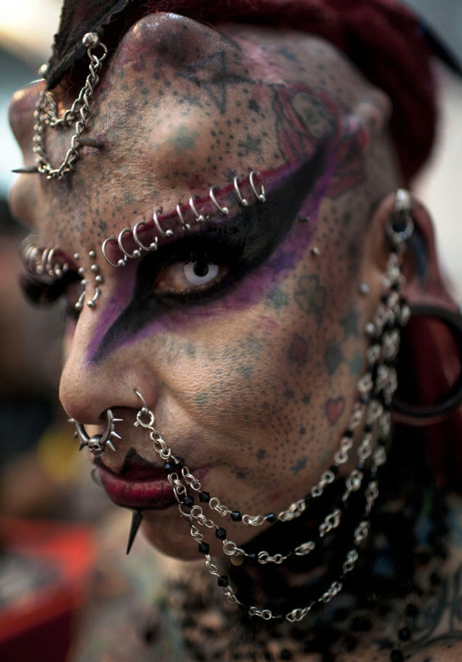 4_body modification
