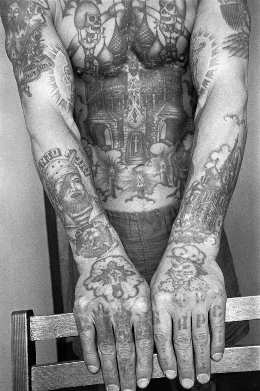 Decoding the hidden meaning behind Russian prison tattoos (Photos)