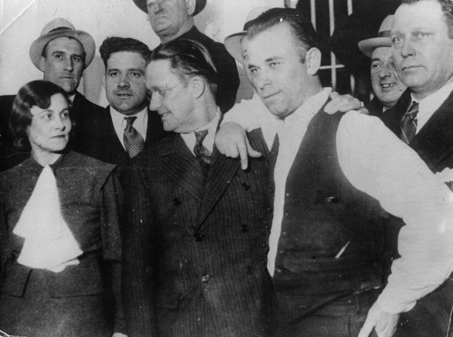 11_1920s gangster