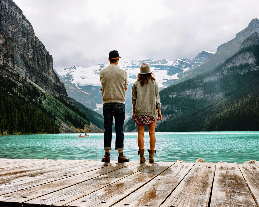 2_travel the world with your lover