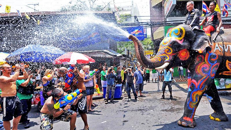 14_Songkran Water Festival (Thailand)