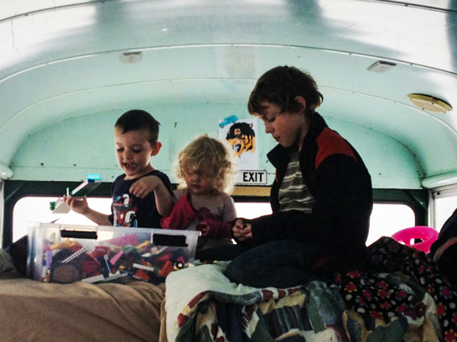 2_Family travels in a bus