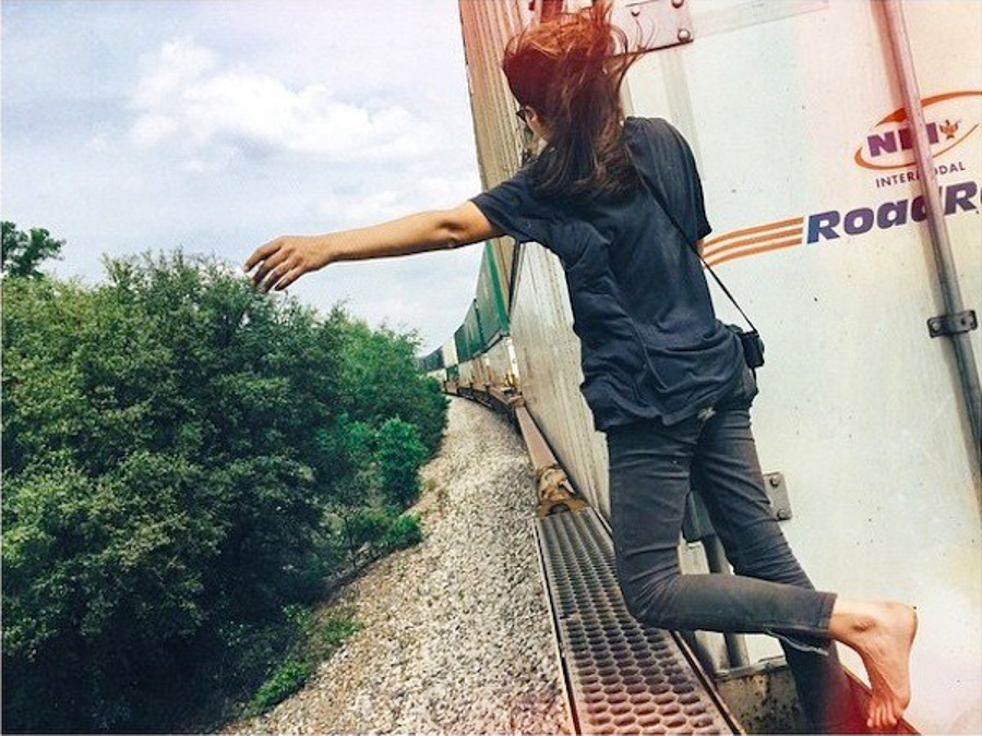 4_Train Hopping Molly Steele