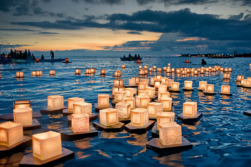 7_Floating Lantern (Hawaii)