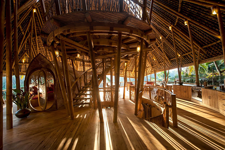 5_House made of bamboo