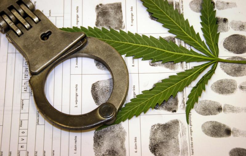 2_18 states allow medical Marijuana