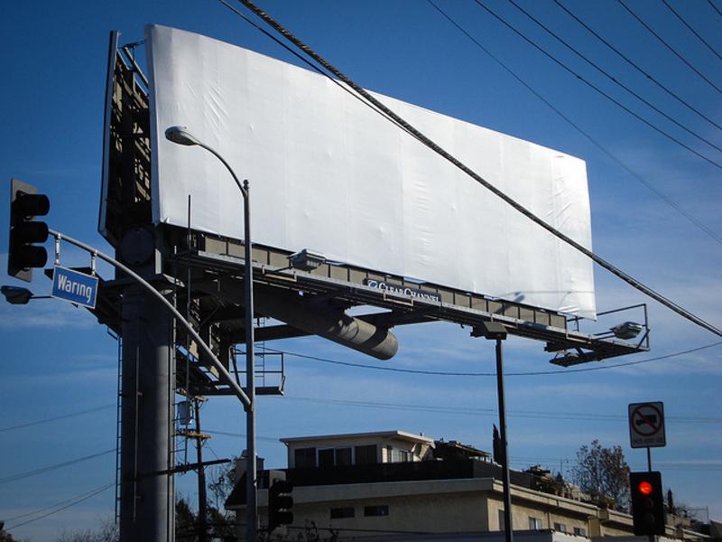 2_advertising free city