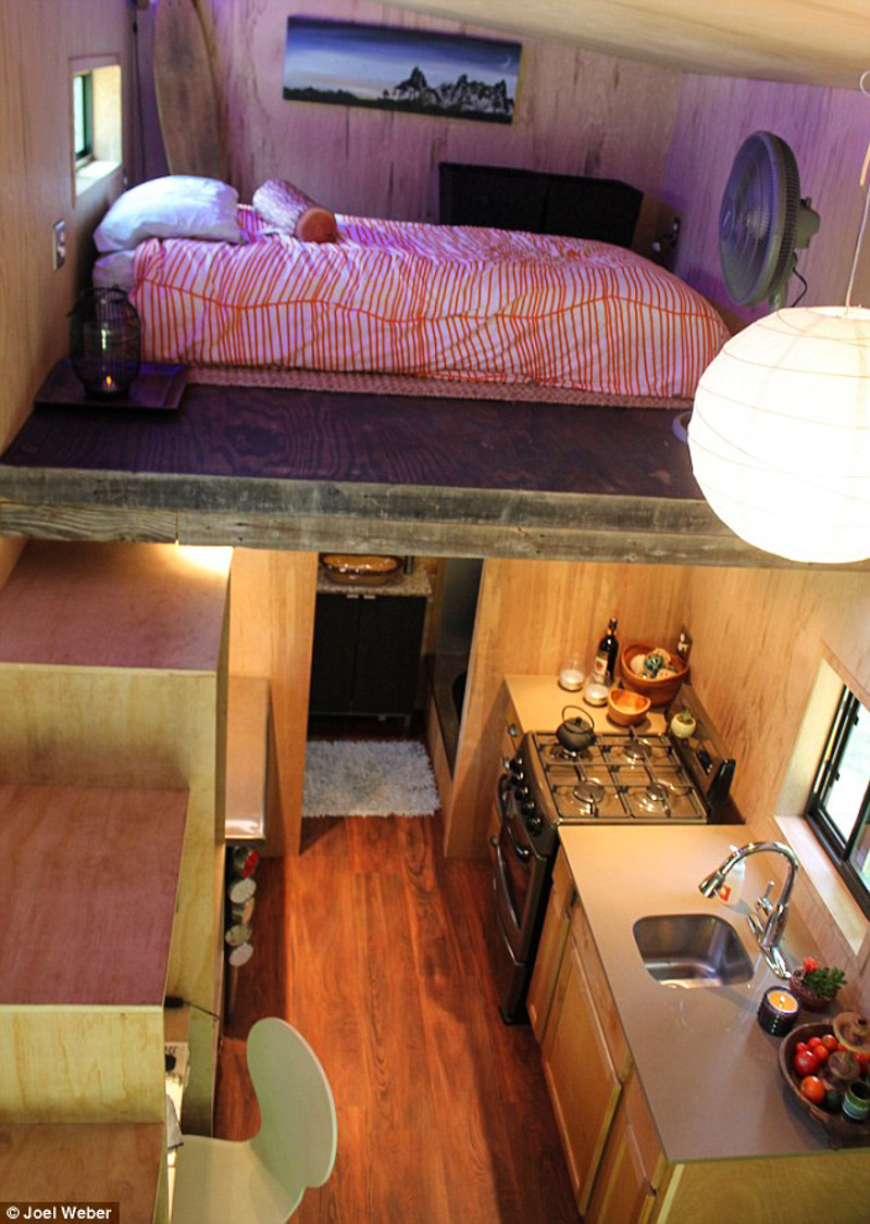 3_Student builds tiny home