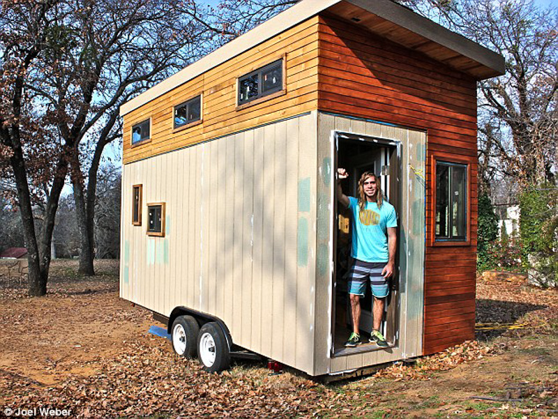 8_Student builds tiny home