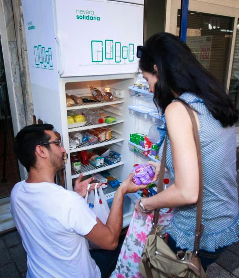 4_free food fridge in Spain