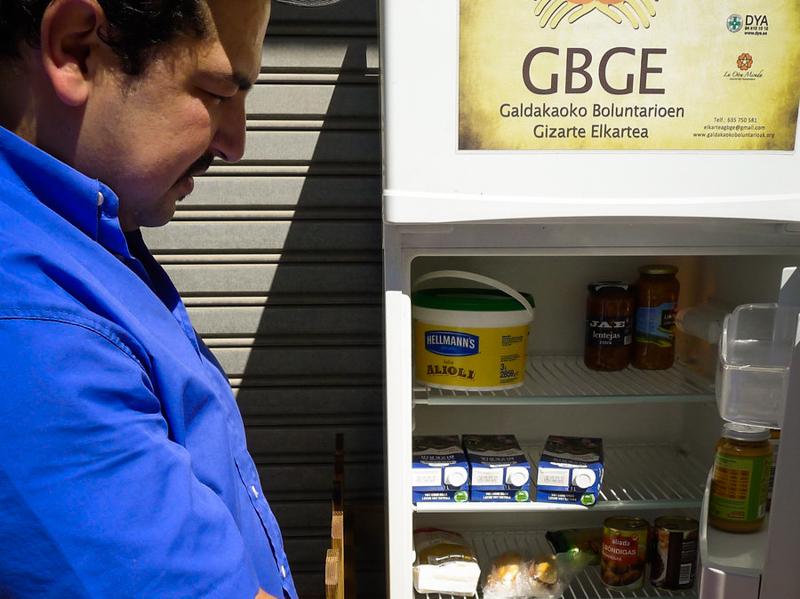 6_free food fridge in Spain