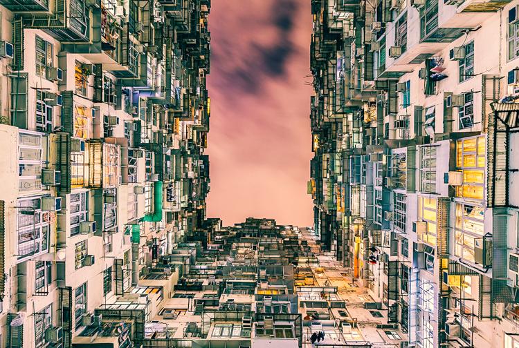 3_Hong Kongu0027s Cubicle Homes