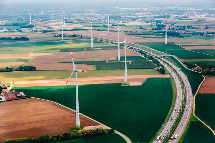 5_Dutch Trains run on Wind energy