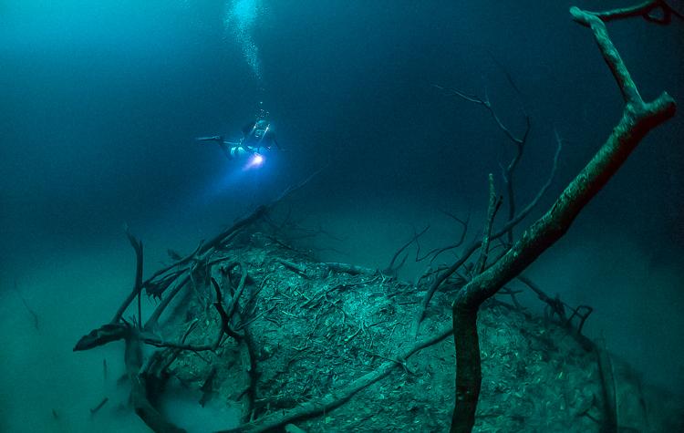 5_amazing underwater river