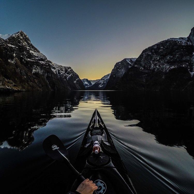 6_adventure kayaker