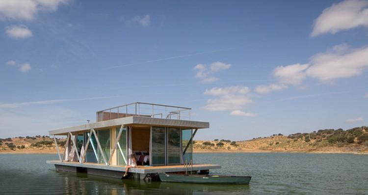 1_Floating eco-haven