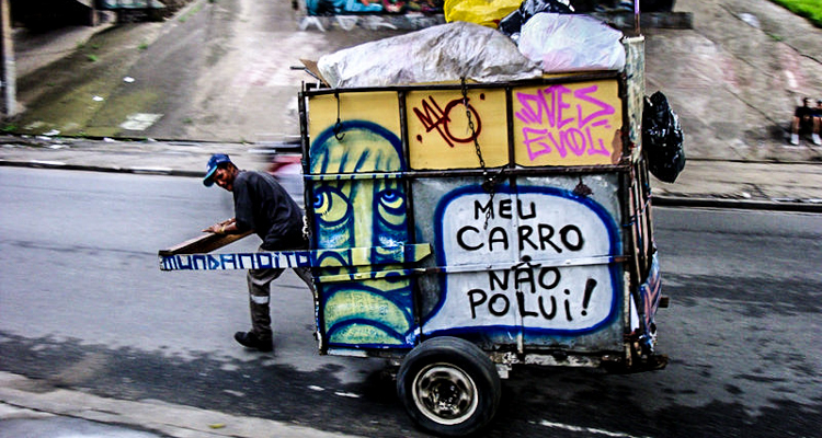 1_trash carts into art