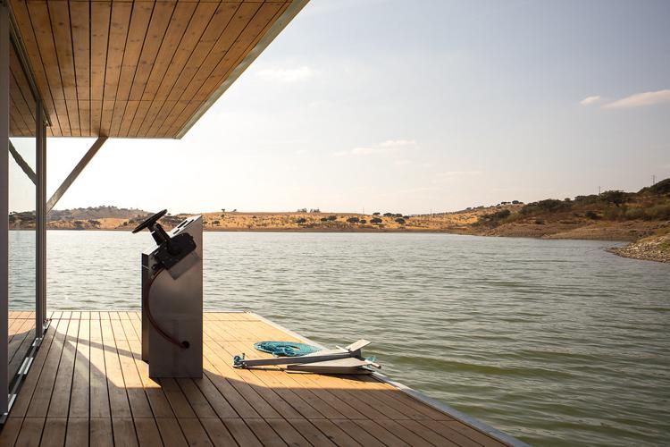 2_Floating eco-haven