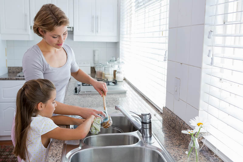 3_washing-the-dishes-prevents-depression