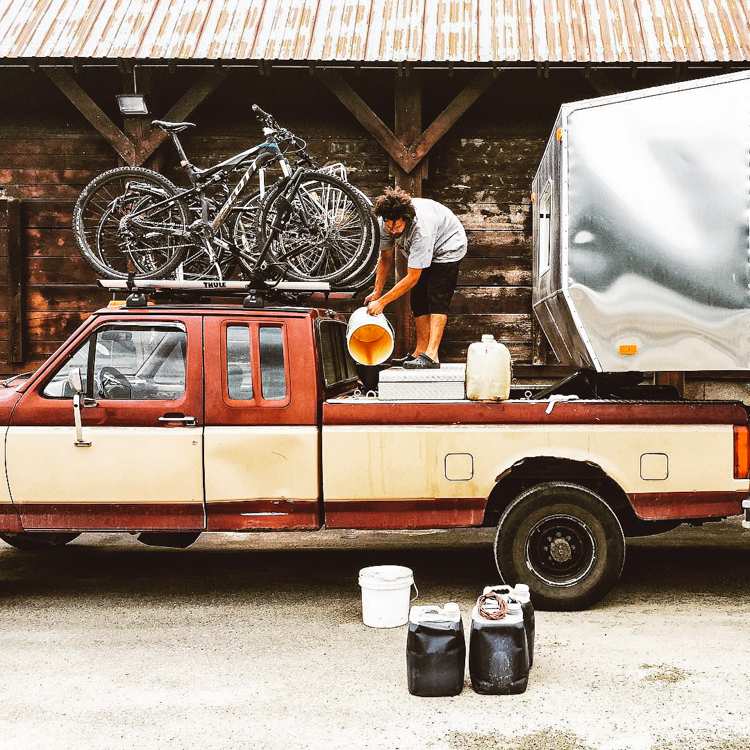 8_eco-trailer that runs on vegetable oil