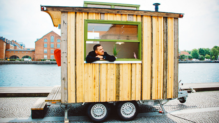 This manager\'s mobile office space lets you work out of a new ...