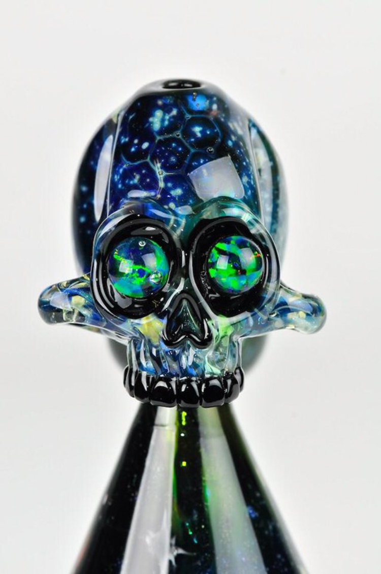17_bongs that combine function with art