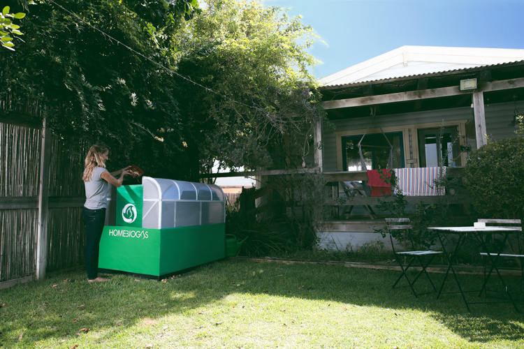 4_home-sized composting unit