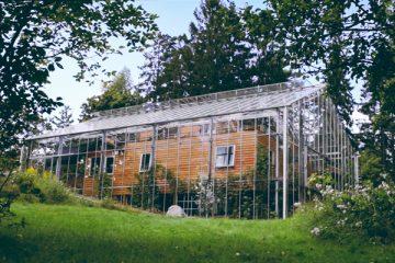 0_greenhouse around entire home