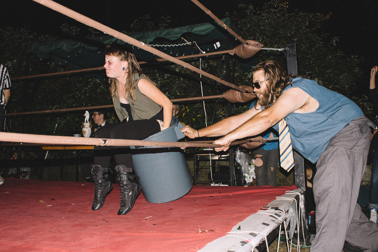 2_League of Lady Wrestlers