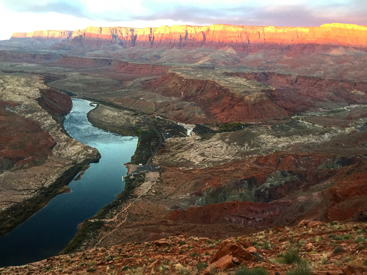 5_best friends quit their jobs to visit 59 national parks