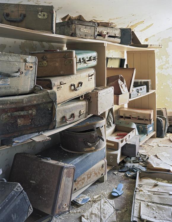 15_haunting scenes from 70 psychiatric hospitals