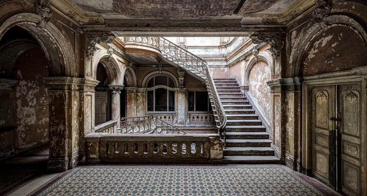 1_-Abandoned-buldings