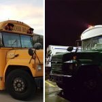 This couple converted a school bus from 1993 into a badass tiny home on wheels