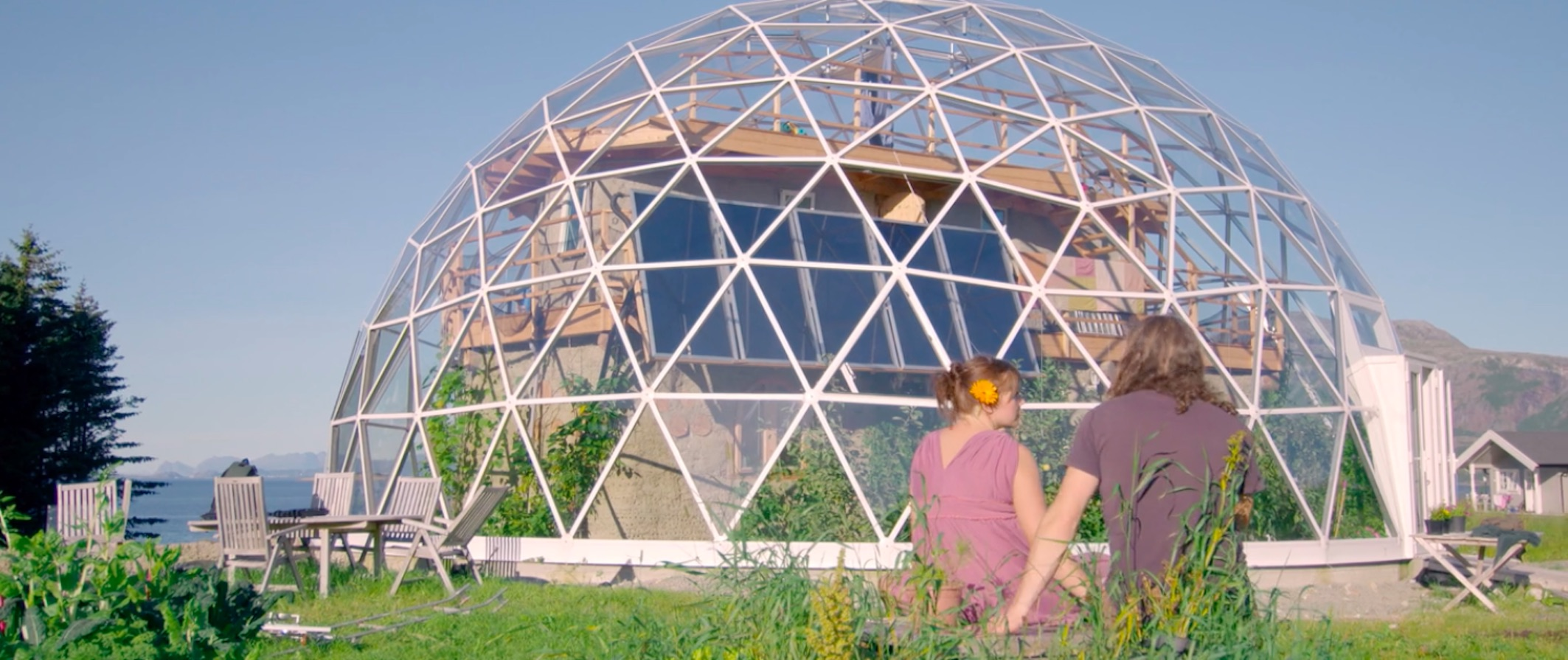 This Family Built Their Own Eco House Under A Solar Dome