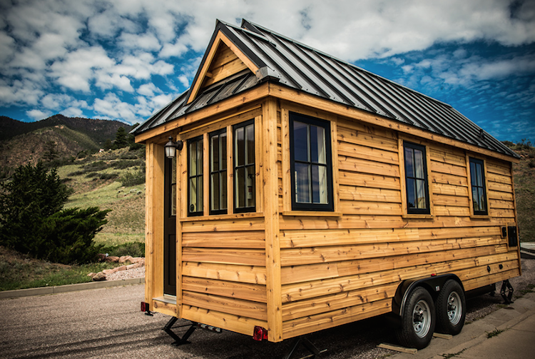 Propane Radiant Heater >> 5 tiny houses on trailers that you can pull behind a truck