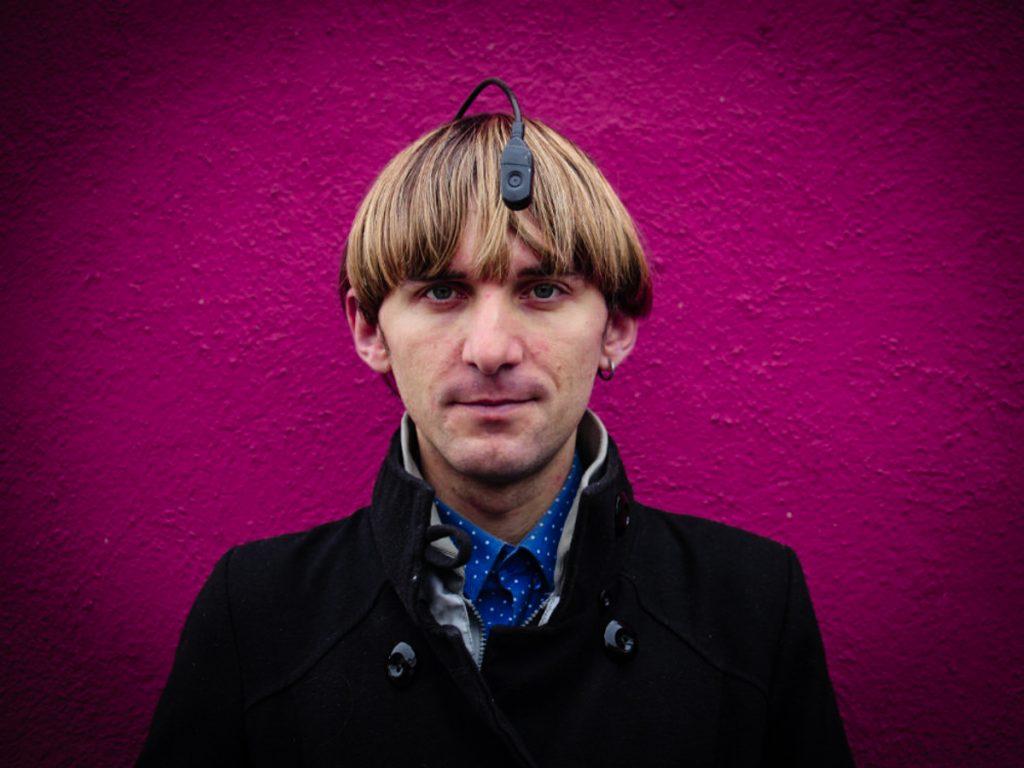 2_Neil Harbisson Sound of Colour_Plad Zebra