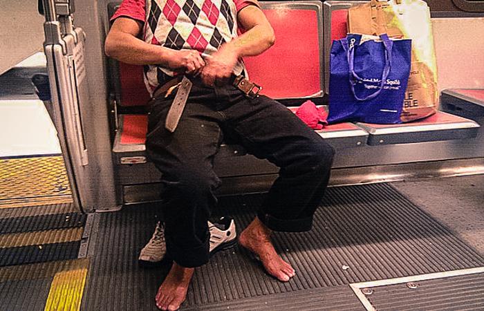 3_public transit