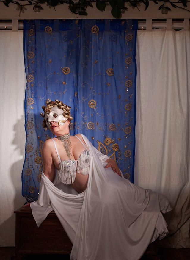 8_Burlesque Dancer