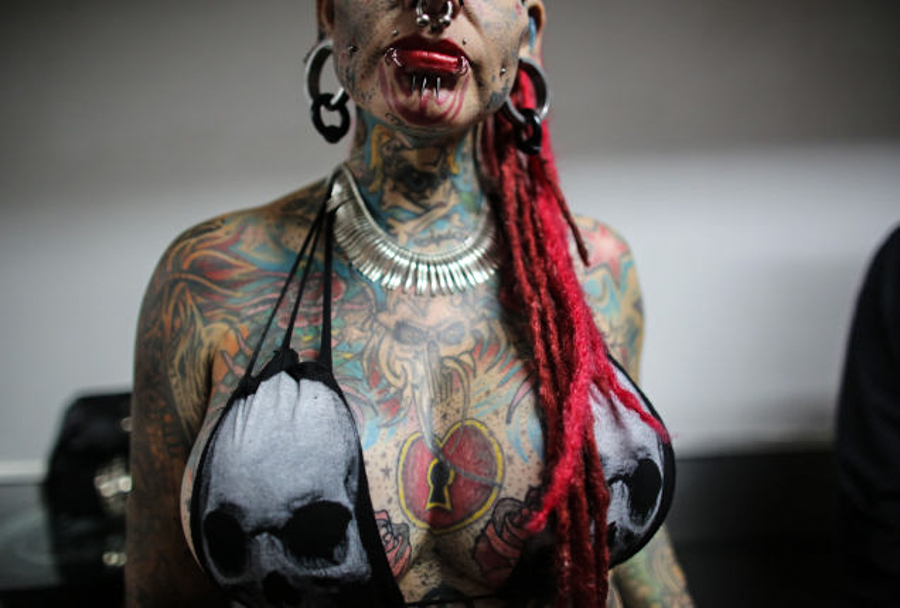 10_body modification