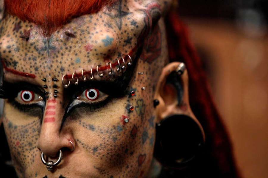 8_body modification