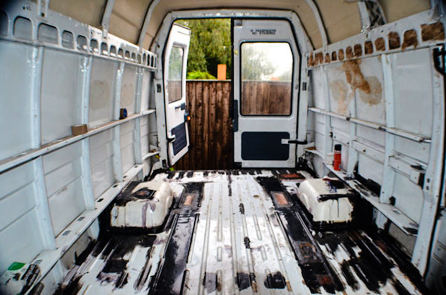 2_travel the world in a van