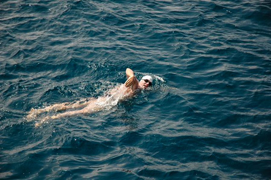 3_Swim across the ocean