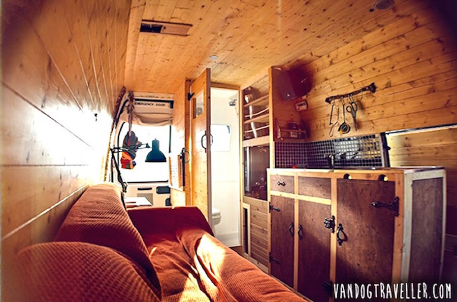 3_travel the world in a van