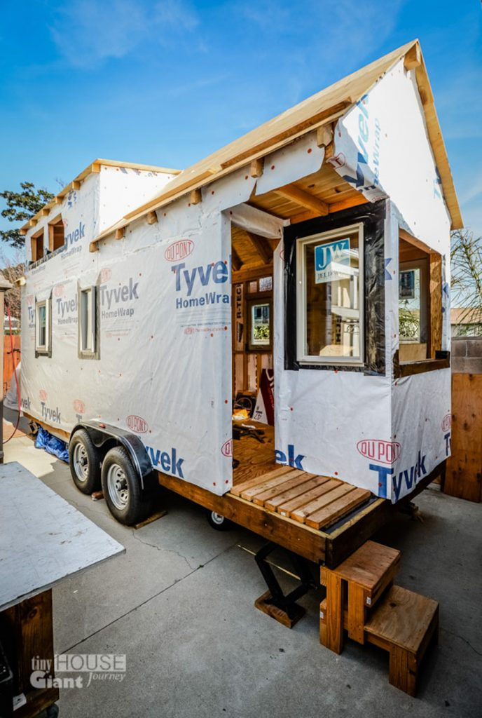 4_Tiny House Giant Journey
