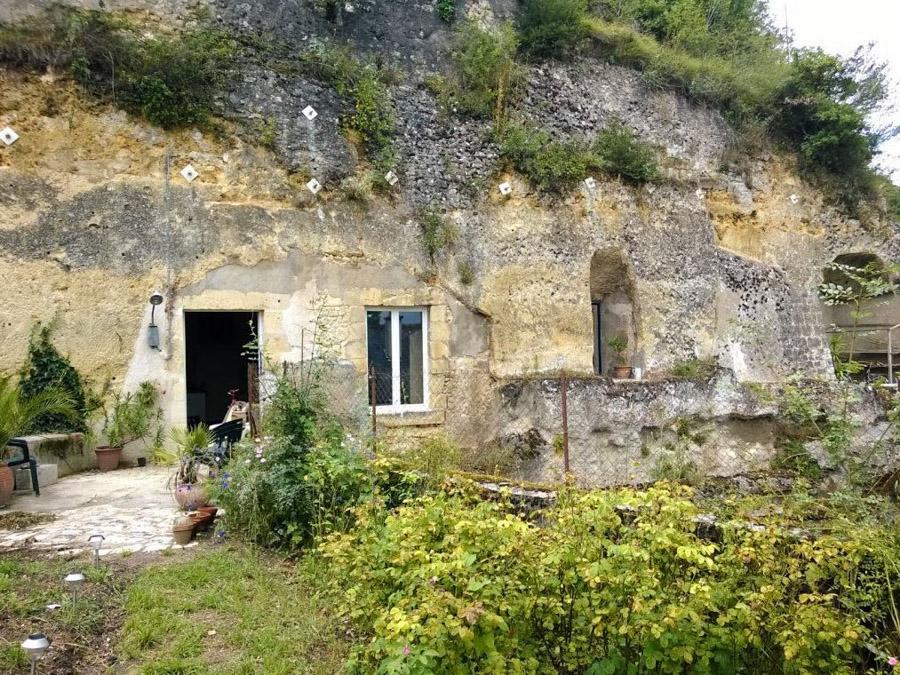2_cheap cave tiny house