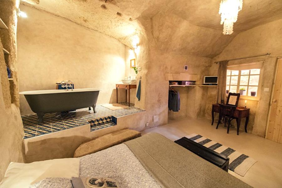 8_cheap cave tiny house