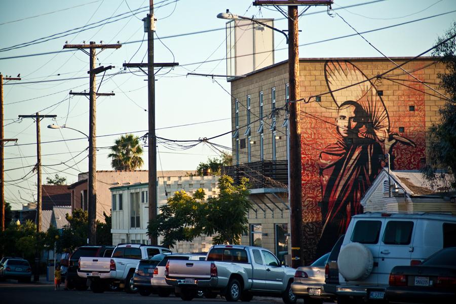 10_Buddhist monks Street Art